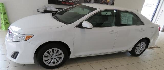 2012 Toyota Camry LE 1 owner, bad credit good credit this is your car.